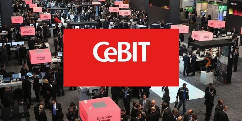 حضور مدیرکل نمایشگاه سبیت CeBIT در الکامپ 95